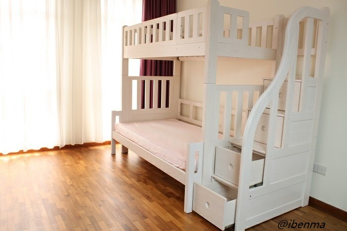 bunk bed staircase with drawer