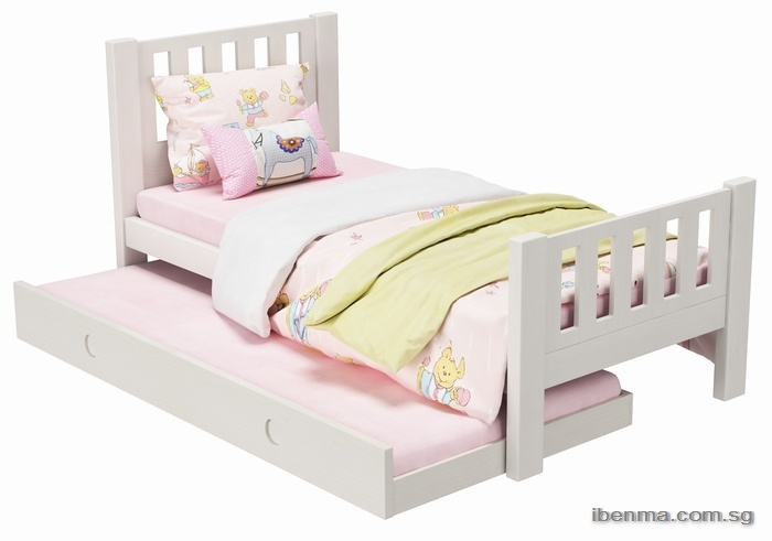modular toddler bed with pullout bed